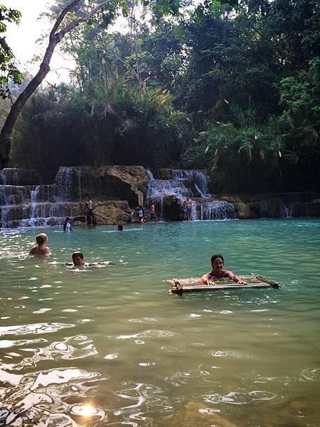 Kuang Si Waterfall(9.jpg