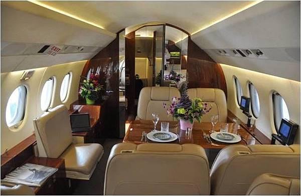 Private Jet4