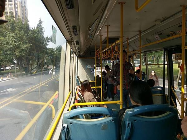 216公車 (2).jpg