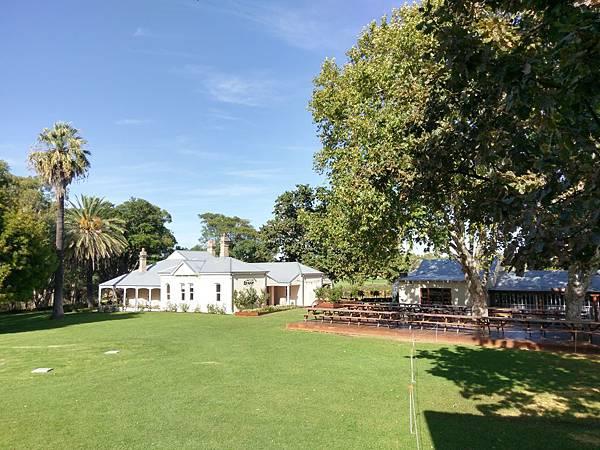 Vine Resort(Perth (12).jpg