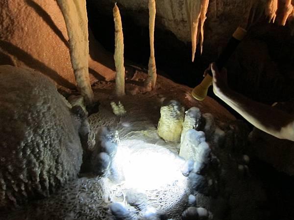 18 WA(winery &cave) (30).JPG