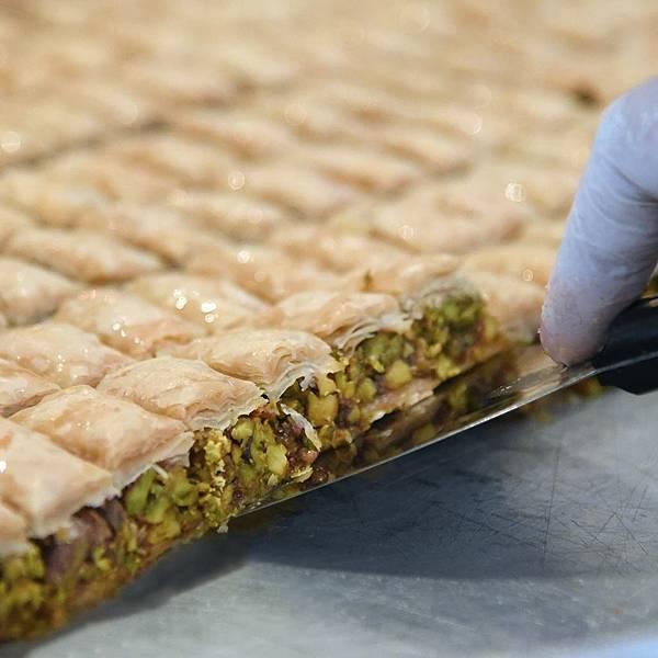 Al Hallab Rest(Baklawah.jpg