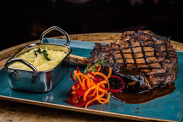 Tribes-Rib-Eye-(dubai Mall.jpg