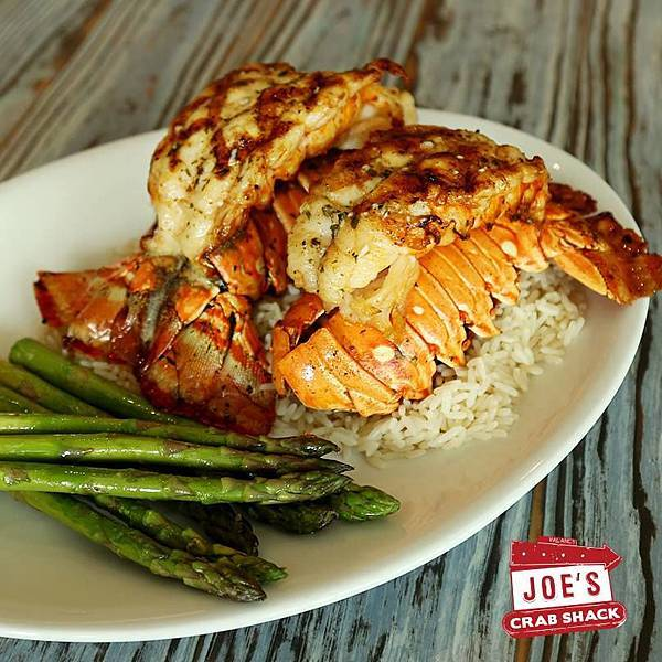 Joe's Crab Shack (DUBAI MALL  Twin Lobster Tail2.jpg