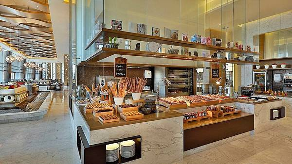 Marriott Hotel Al Forsan( Abu Dhabi,Al Khayal All-Day Dining.jpg