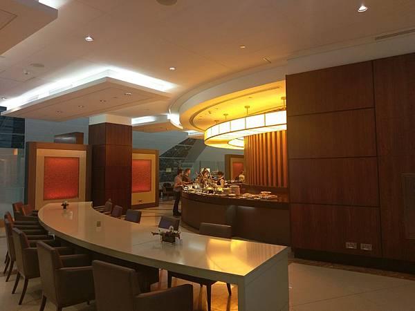杜拜機場(4樓商務區 (4).jpg
