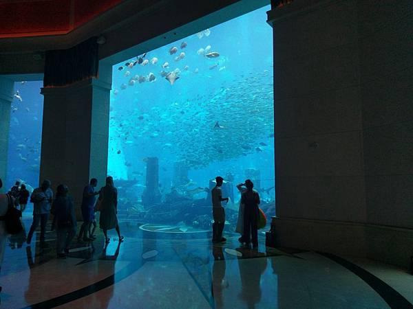 Atlantis Hotel (8).jpg