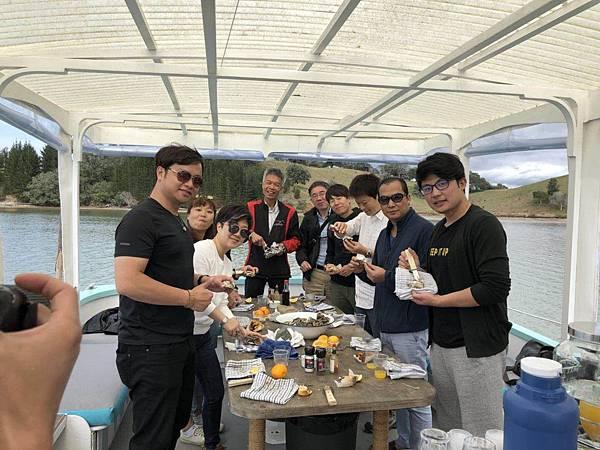 Oyster Farm(Matakana tours (3).jpg