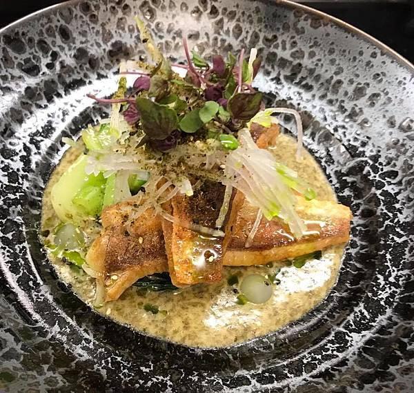 Ortega Fish Shack & Bar(WLGeaweed butter, stir-fried greens, pickled ginger dressing and furikake..jpg