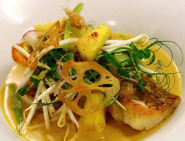 Ortega Fish Shack & Bar(WLG;Tarakihi, malay coconut gravy, pineapple salad, XO sauce.jpg