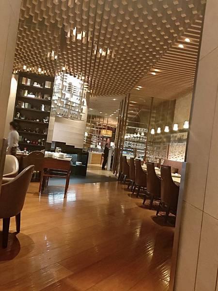 Ritz Carlton房間 (5).jpg