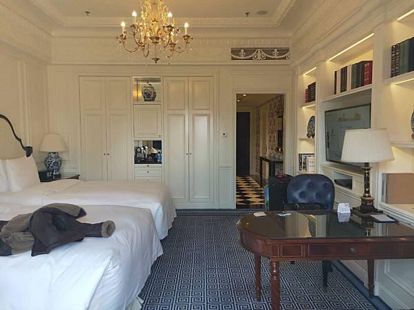 Ritz Carlton房間 (1).jpg