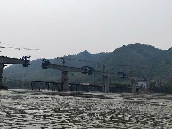 湄公河(高鐵橋 (3).jpg