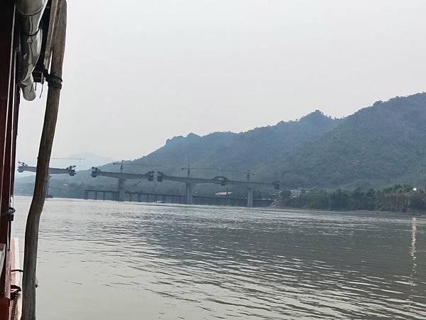 湄公河(高鐵橋 (2).jpg