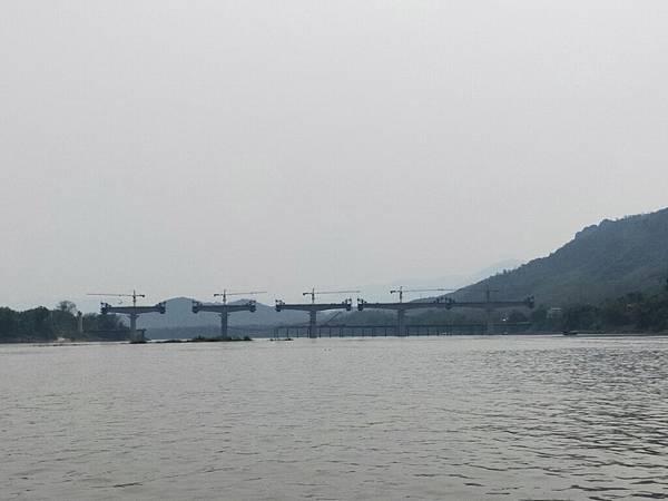 湄公河(高鐵橋 (1).jpg