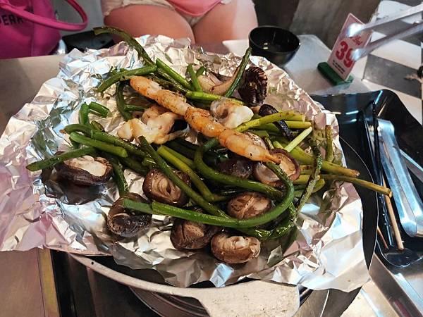 Do Nuong Trung Hoa(燒烤餐廳;配 (1)
