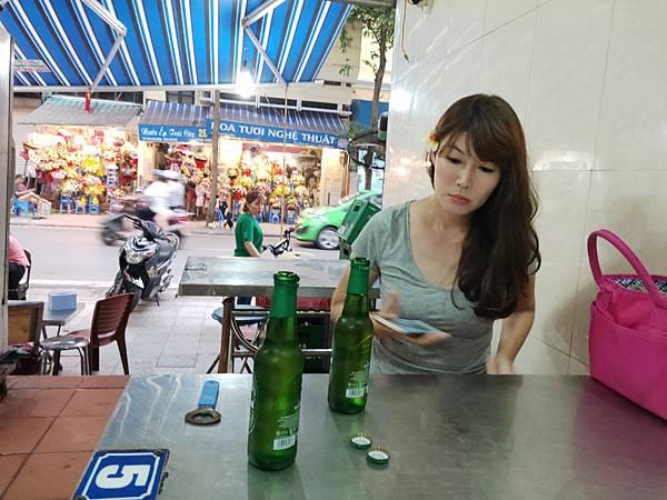 Oc Ghe海鮮攤(河內古都 (2)
