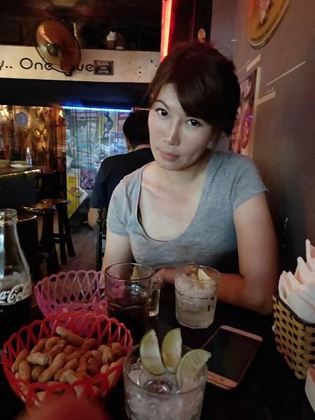 酒吧一條街(河內) (12)