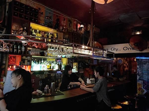 酒吧一條街(河內) (11)