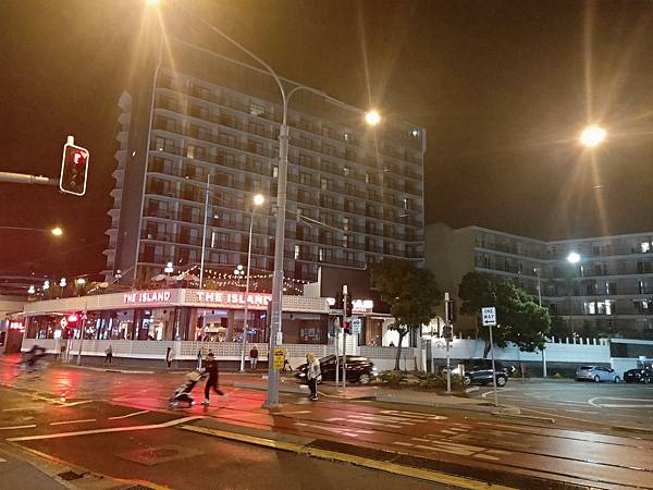 ISLAND HOTEL(夜景.jpg
