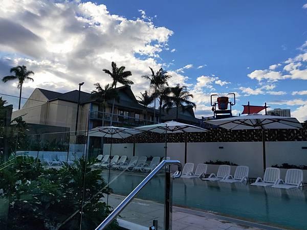 Paradise Resort(泳池 (2).jpg
