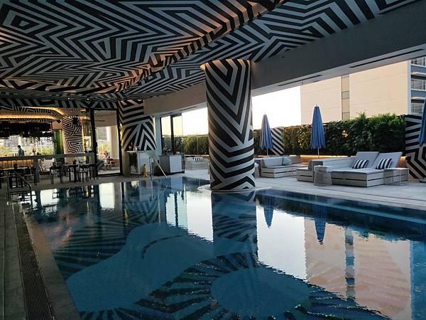 漂亮泳池(W) (3).jpg