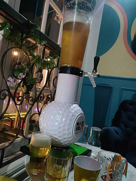 Holle Molle Golf Bar (3).jpg