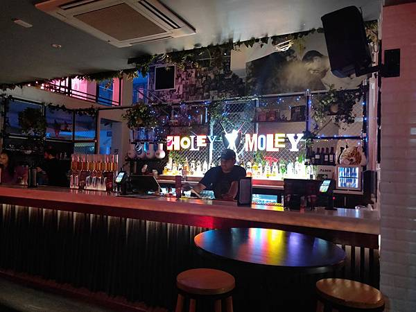 Holle Molle Golf Bar (4).jpg