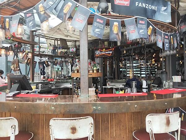 Crab shack(bar.jpg