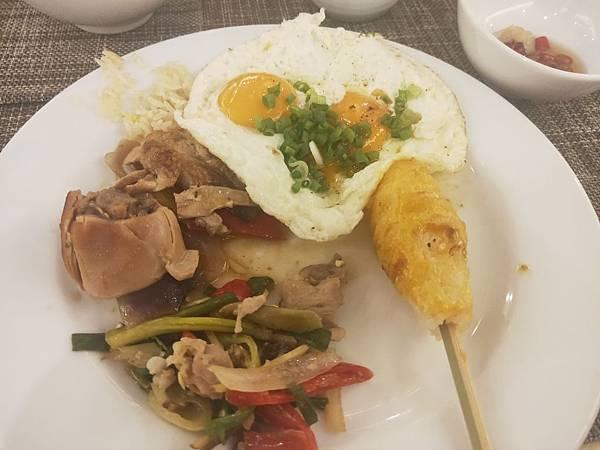 Centara 早餐 (1).jpg