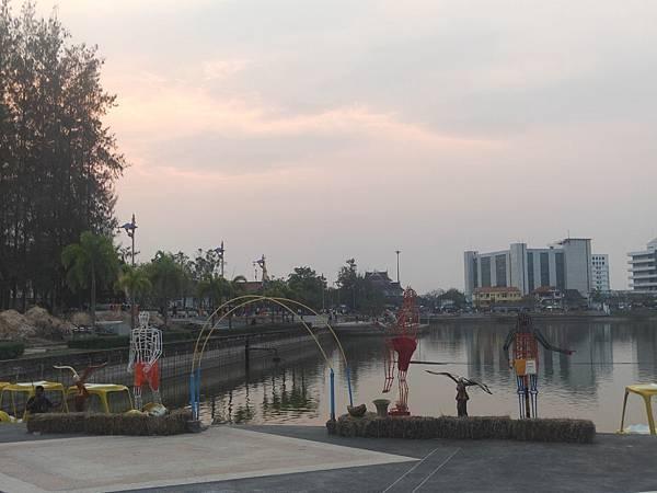 夕陽船(ud運動公園 (2).jpg