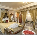 Maharaja Suite Bed Room.jpg