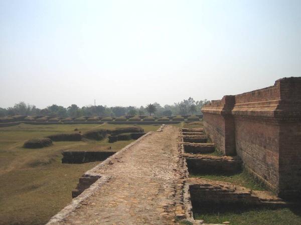 7世紀佛教遺跡.jpg
