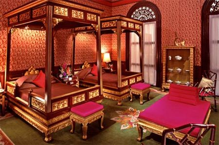 somerset-maugham-suite-at-the-oriental.jpg