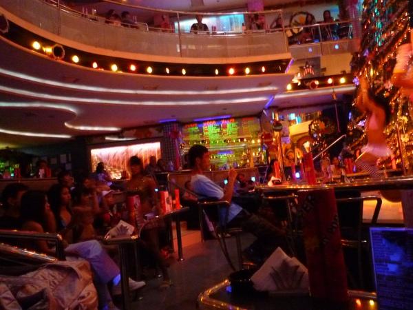 天使城酒吧一條街22.JPG