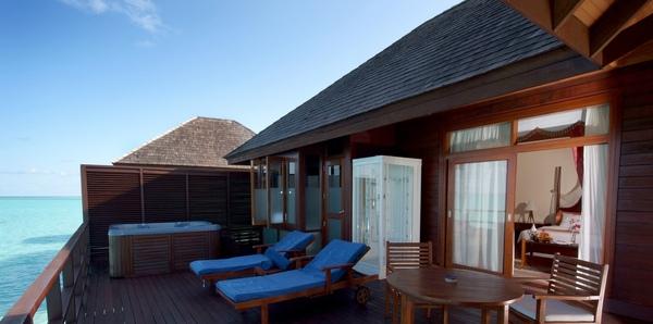 Olhuveli31(honeymoon water villa).JPG