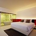 Room - 003.JPG