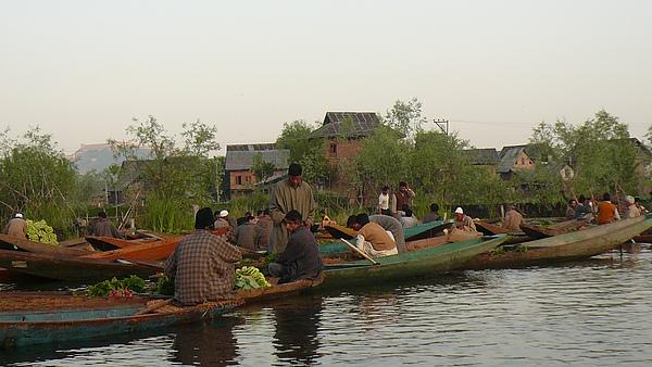 克什米爾湖區2(水上市集).JPG