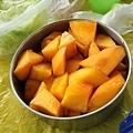 麗萍老家自已裁種的芒果~超級甜