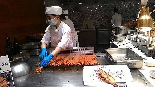 一輩子一次就滿足了 大億麗緻 龍蝦吃到飽_9487.jpg