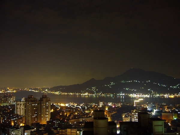 淡水最高樓夜景