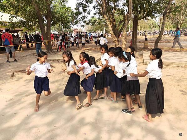 愛心無國界~白水老人愛心慈善會,柬埔寨愛心義診團第五天~女王宮縣義診任務完成