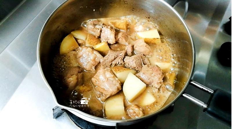 12-肉鍋用小火煮透-2-16.jpg