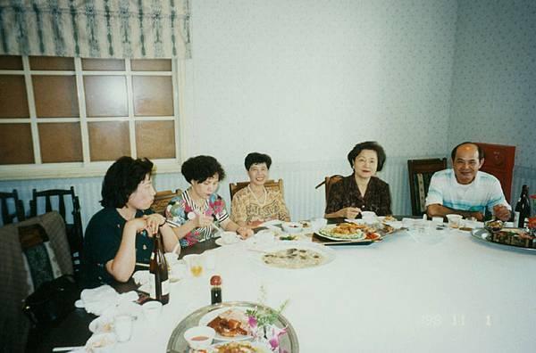 01台中新天地餐廳(1998-11-01)09.jpg