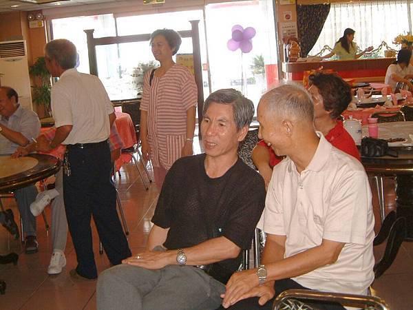 龍巖國小13屆同學會台西餐敘(2001-08-12)054.JPG