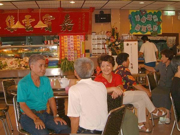 龍巖國小13屆同學會台西餐敘(2001-08-12)060.JPG