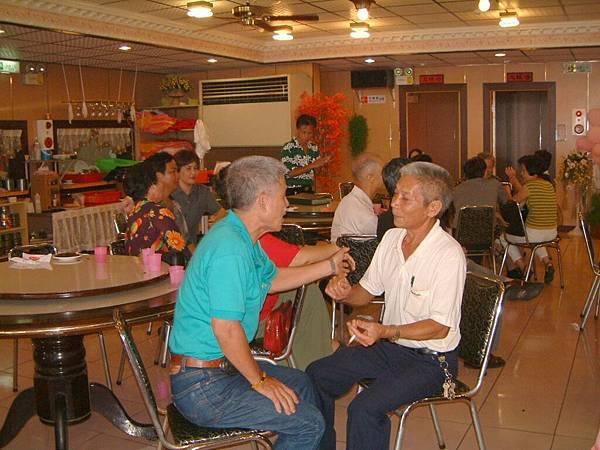 龍巖國小13屆同學會台西餐敘(2001-08-12)067.JPG