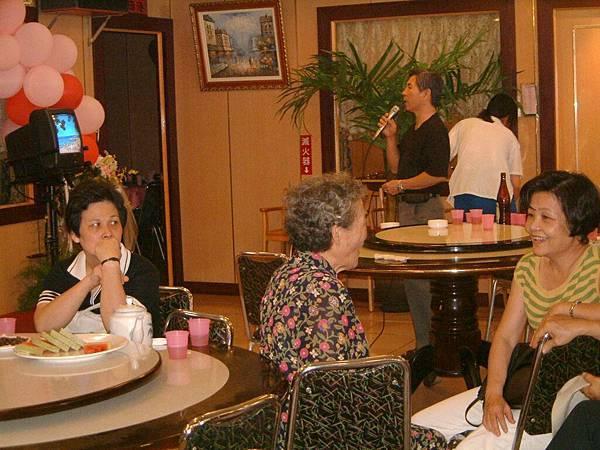 龍巖國小13屆同學會台西餐敘(2001-08-12)071.JPG