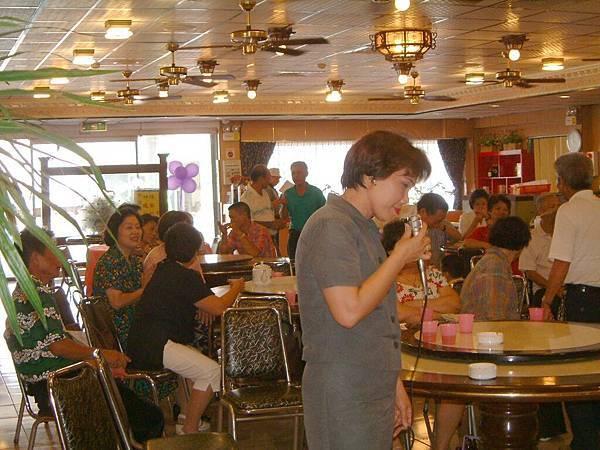 龍巖國小13屆同學會台西餐敘(2001-08-12)073.JPG