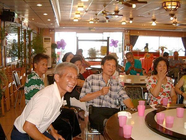 龍巖國小13屆同學會台西餐敘(2001-08-12)083.JPG